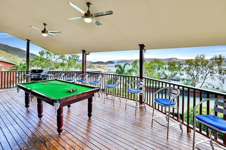 3 B/R Villa, Great Views, Inc.Buggy - Hamilton Island - Villa