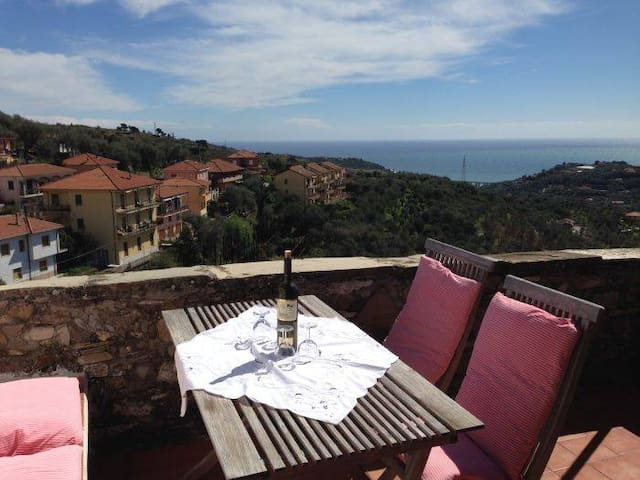 Panoramic view of Sea from terrace - Civezza - Huis
