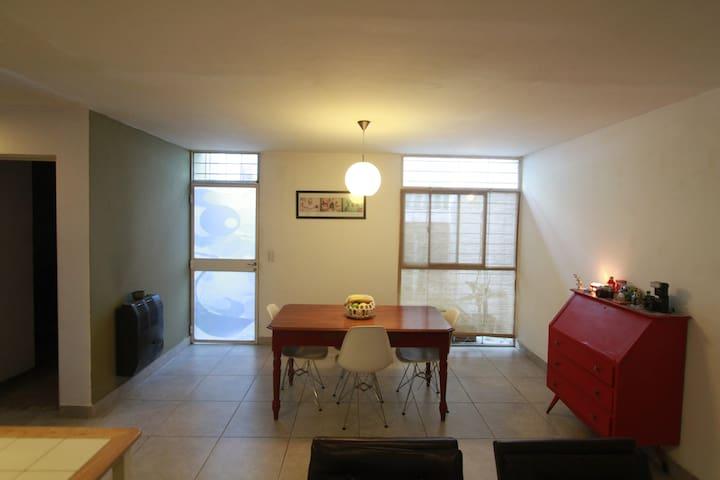 Dormitorio en Dto compartido - Rosario - Gästesuite