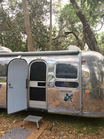 "Classic Airstream ""Luminaire"" - Palm Coast - Camper"