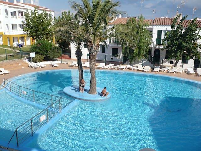Beach apartment with swimming pool - Ciutadella de Menorca - Leilighet