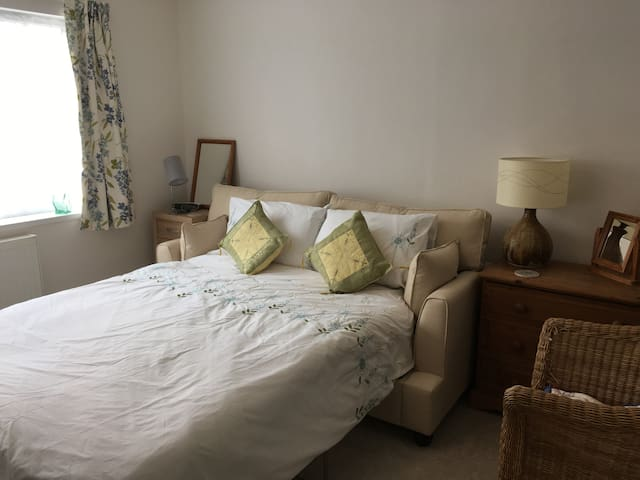 Double room in house close to country and town - Sheffield - Rumah