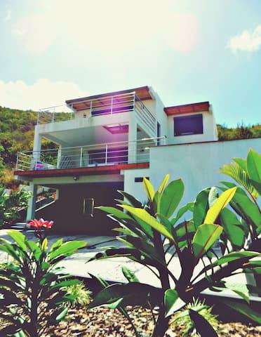 Studio vue mer ,terrasse 25m2 et piscine - Cole Bay - Apartament