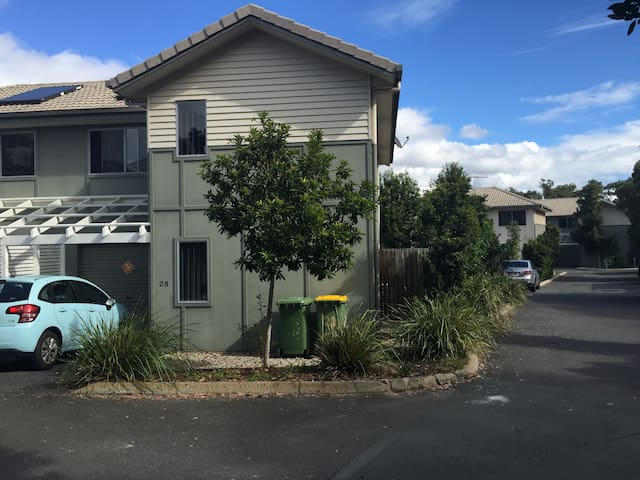 Spacious house for your Holiday - Logan Central - Ev