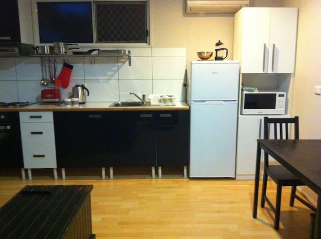Redland BayBreeze 1 Bedroom apartmt - Redland Bay - Byt