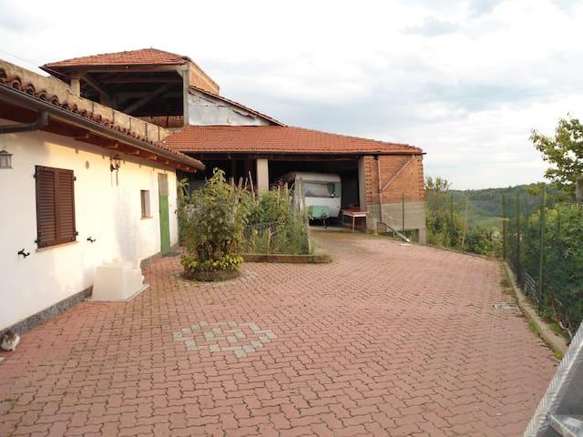 CASA IN CAMPAGNA - Montechiaro d'Asti - Ev