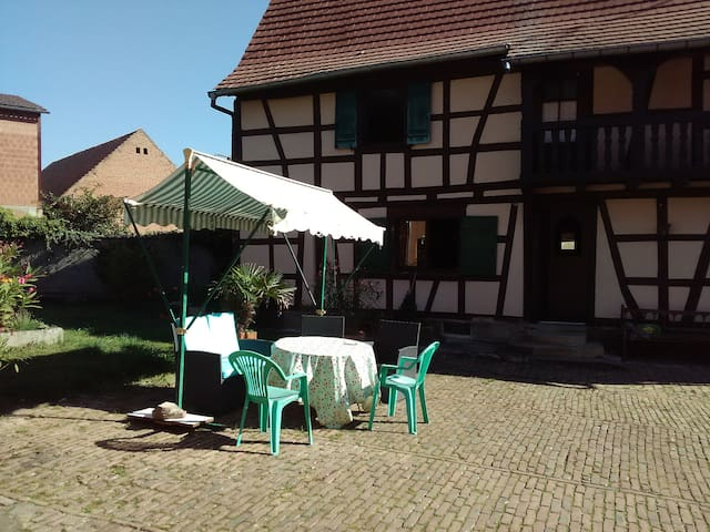 2 private rooms in friendly Alsace house - Berstett - 獨棟