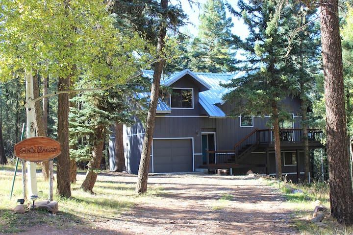 Selah House - Near lake and trails - Angel Fire - Maison