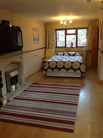Very Large Annexe   Close to Rickmansworth town - Rickmansworth - Appartement