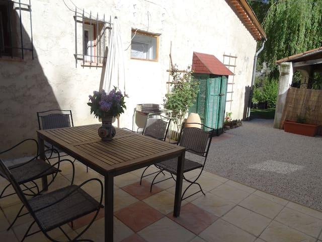 Le Paillon : appartment in Provence - Val-de-Chalvagne - Apartamento