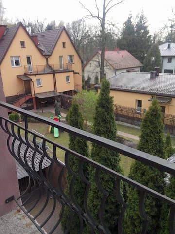 Сдаются комнаты в доме - Warszawa - Rumah