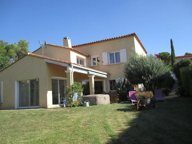 Appartement proche lac, mer et l'Espagne - Villeneuve-de-la-Raho - Hus