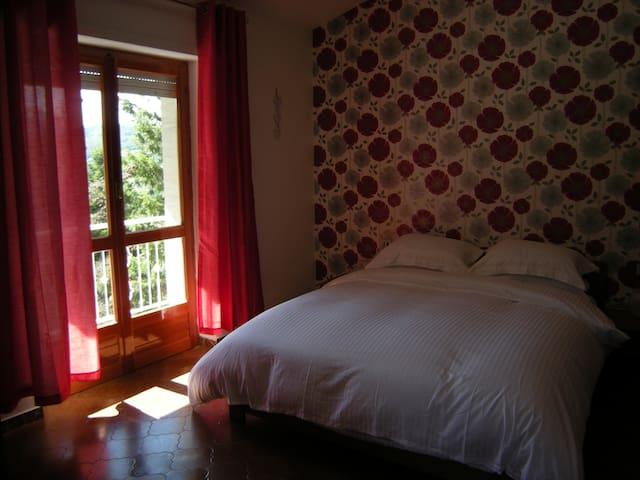 1 Bedroom apartment in Albareto - Case Mirani - Appartement
