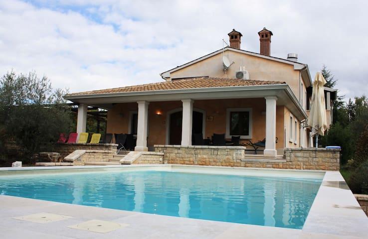 Villa Vinja - Bertoši - Дом
