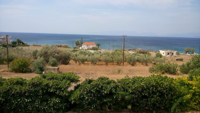 Ευρύχωρο με θέα θαλασσα - Agios Dimitrios - Casa