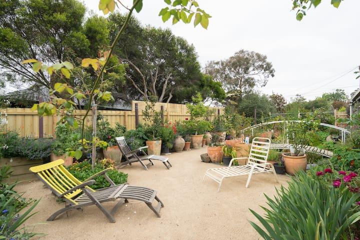 The Secret Garden - Mt Eliza Bungalow - Mount Eliza - Lägenhet