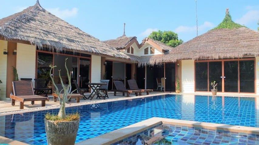 Spacious 3 bed pool villa, sleeps 9 - Hua Hin - Willa