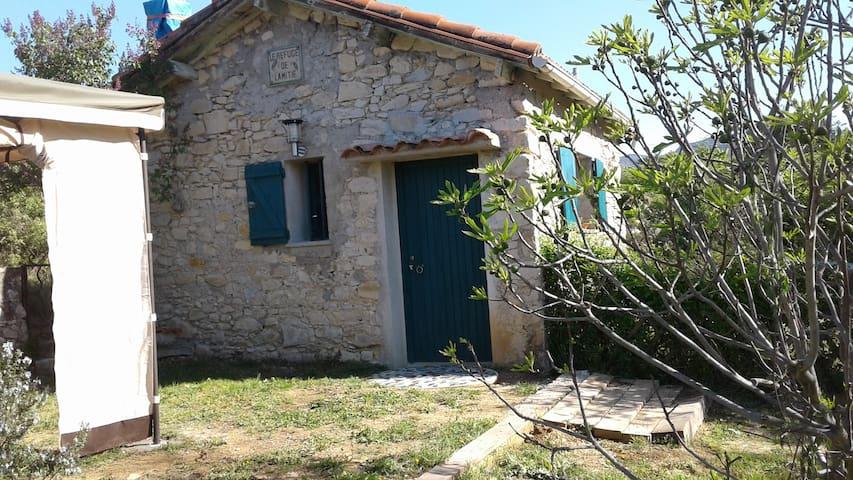 mazet en pierre - Moulès-et-Baucels - Rumah