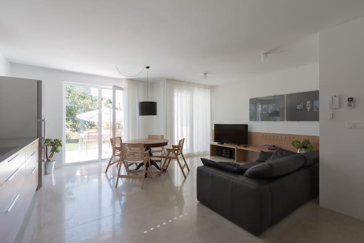 A BETA - Izola - Apartemen