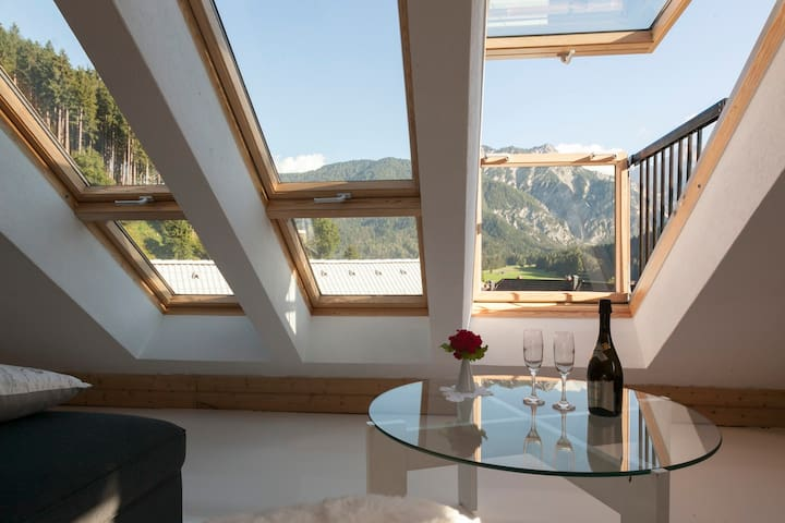 Big apartment in a charming alpine village - Rateče - Loft空間