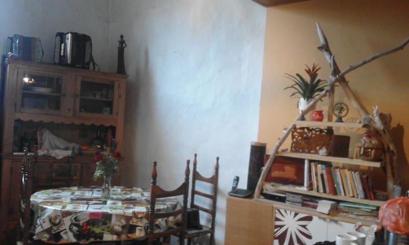 Chambre à louer - Luc-sur-Aude - House