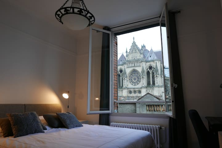 Comfortable flat with an exceptional view - Reims - Leilighet