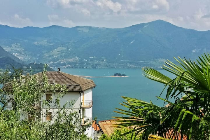 The Floating Piers View Apartment - Tavernola Bergamasca - Appartement