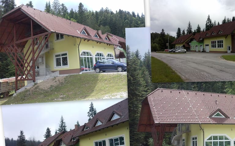 Rooms with toilet and shower. - Brezje - Annat