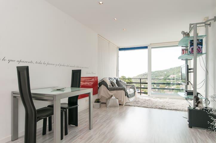 Apartamento de  diseño con vistas - Castelldefels