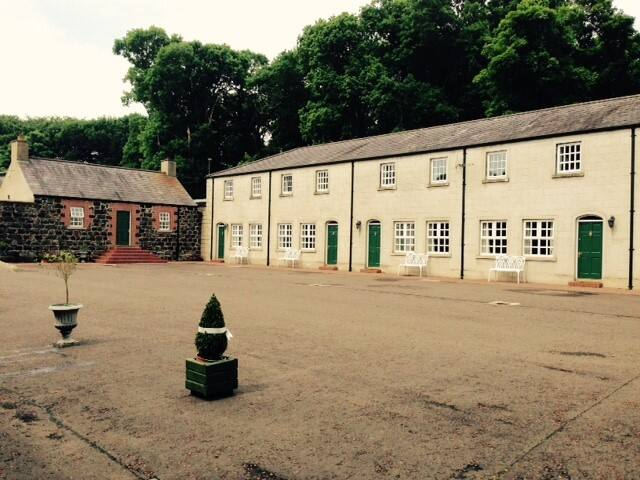 Ballyscullion Park Courtyard Cottages - Bellaghy