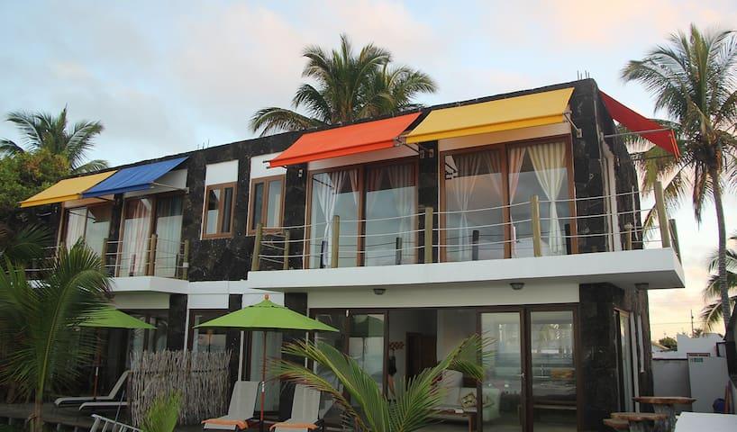 Ocean View Beach Front Villa, Mi Playa-Isabela - Puerto Villamil - Jordhus