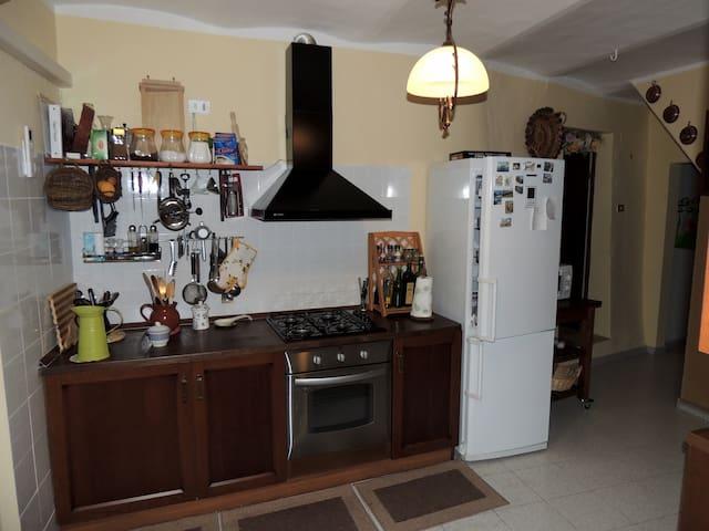 Casa indipendente - Pettorano Sul Gizio - Casa