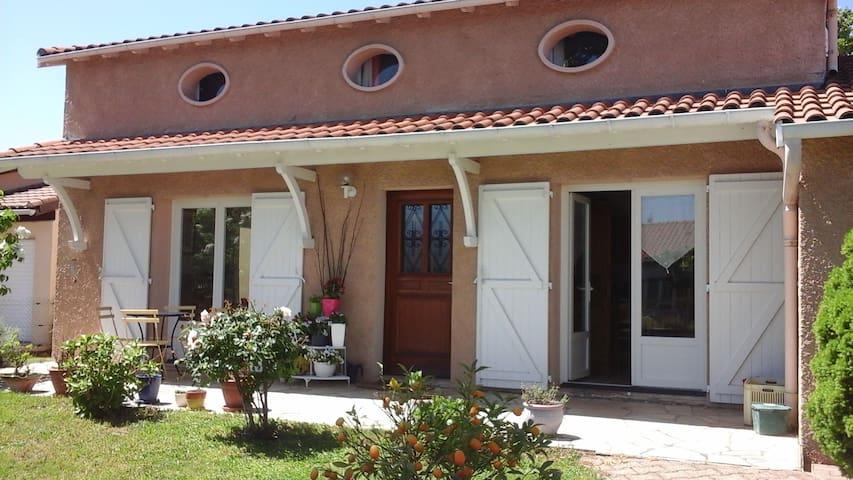 maison individuelle avec piscine - Montech - Casa