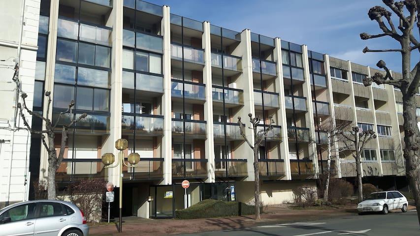 studio moderne - Châtel-Guyon - Apartment