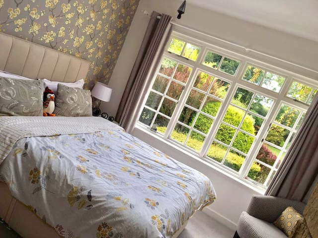 Luxury Guest Room with beautiful garden views - Killinghall - Rumah
