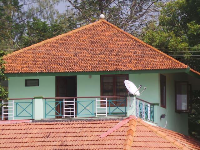Tranquille Lakeshore Studio Pondicherry - Poothurai - Wohnung