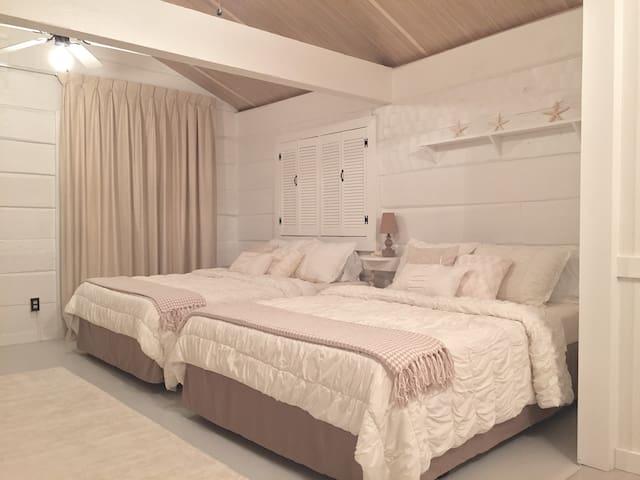 Smoky Mountain Beach House - Dandridge - Casa de campo