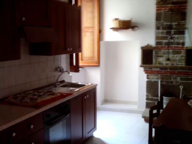 Accogliente casetta ristrutturata - Alessandria del Carretto - Dom