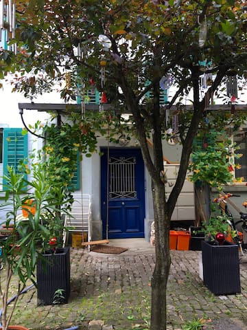 Quiet one-room apartment in the Blue House - Lucerna - Departamento
