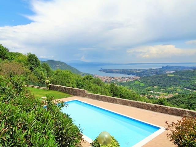 Ferienwohnung im alten Burgkloster | Seeblick Pool - Villanuova sul Clisi - Saló - Leilighet