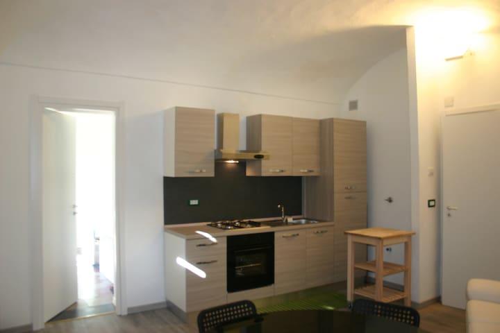 APPARTAMENTO NUOVO - 30 MIN TORINO PIAZZA CASTELLO - Chivasso - Lägenhet