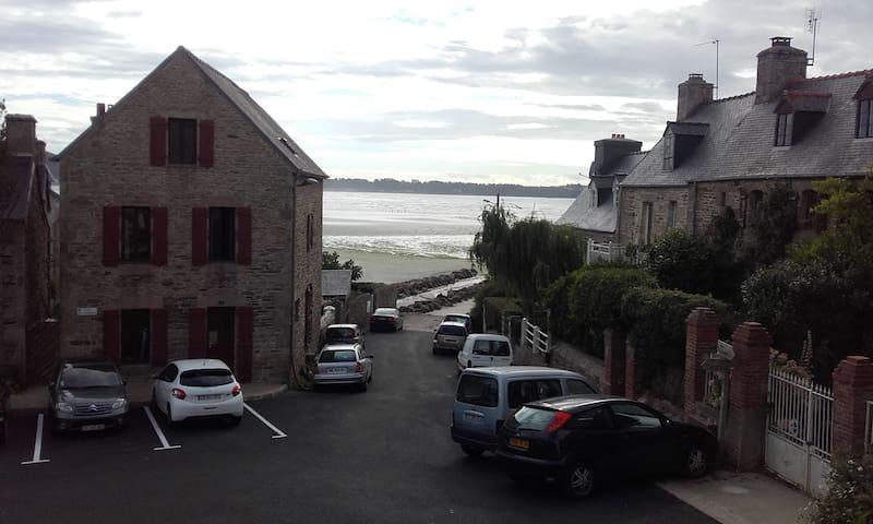 Maison Bretonne au cœur du vieux Saint-Michel - Saint-Michel-en-Grève