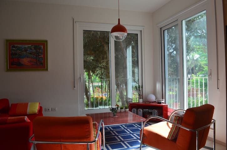 Holiday Apartment near Sea - 61 - Qerret - Lägenhet