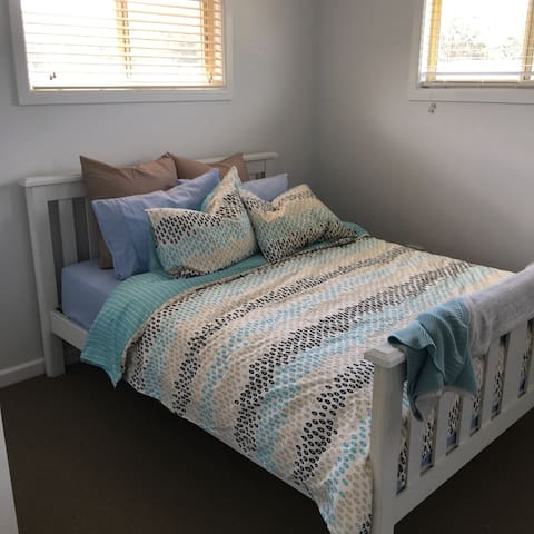 Modern studio in central location! - Point Clare - Lain-lain