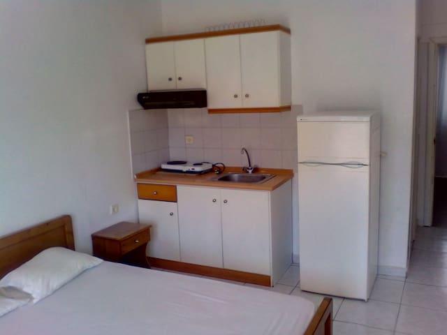 Dimitra's apartments - Nea Vrasna - Apartamento