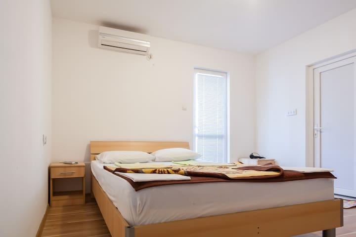 Double room Marko - Budva