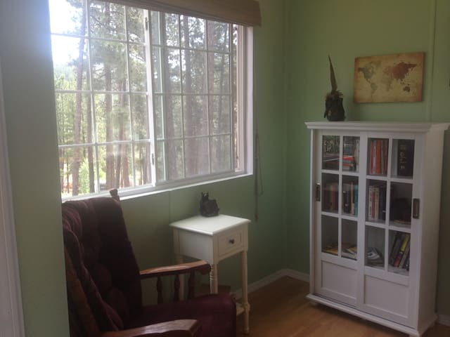 Black Hills Mountain Top Cabin with Great Views - Rapid City - Casa