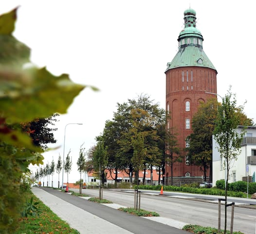 "Gamla Vattentornet ""Nappflaskan"" - Ystad - Apartemen"