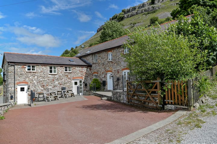 The 2 Bedroom Cottage @ Panorama Cottages - Llangollen - Hus