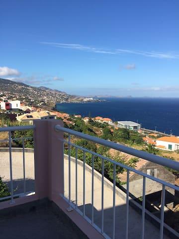 Jolie chambre avec vue sur la mer - Gaula - Casa
